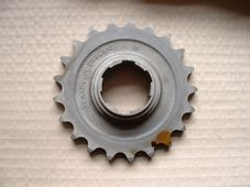 57-4785, Triumph Gearbox sprocket, 21 tooth, 5 speed